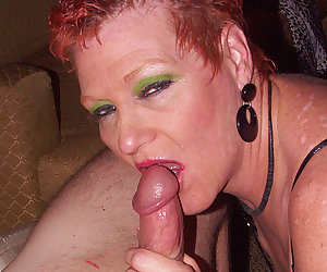 This mama loves to get a mouth full of cum