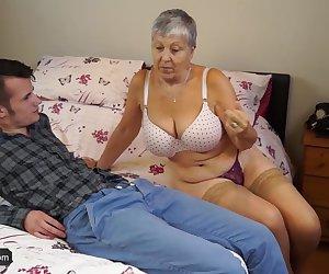 Granny Savana fucked with really hard stick_720p