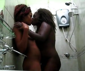 Big booty Africans go horny in shower