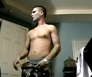 Gorgeous Gage Works His Big Dick - Gage Winchester