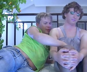 Ernie and Silvester cocksuking crossdresser on video