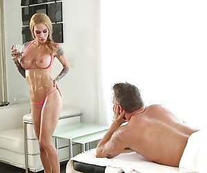 Sarah Jessie Sexsual Full Body Massage