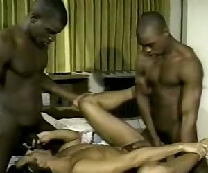 Black Gay Double Teaming a White Bottom