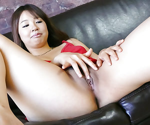Serious toy porn for needy Japanese Buruma Aoi