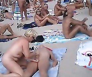 Amateur public beach sex&cum compil - navvanx.com