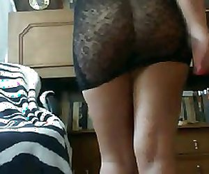 Bosnian girl love to play with her dildo