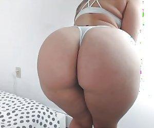 big booty twerk omfg 2