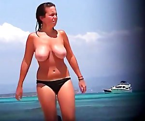 Huge tits mature college girl bikini beach topless spy compilation