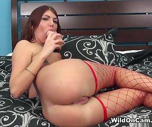 Cassandra Nix in Cassandra Nix Live - WildOnCam